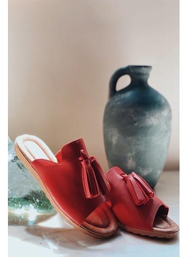 Arma Shoes Kadın Çift Püsküllü Ev Terliği Kırmızı